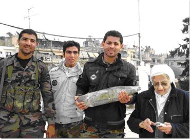 obus soldats religieuse hopital Alep 2013