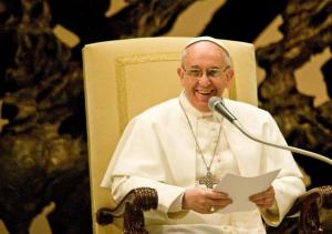 Pape Francois micro